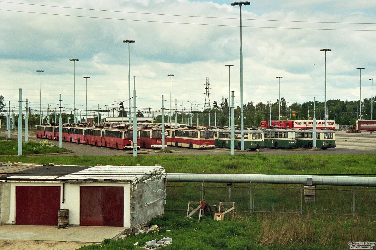 Odstawione w Piasecznie trolejbusy, fot. Marcin Stiasny