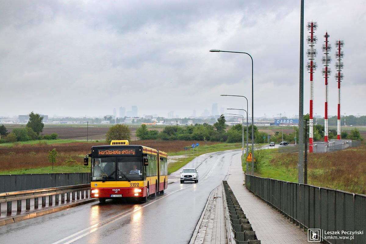 MAN NG313 nr 3322 na wiadukcie nad Południową Obwodnicą Warszawy