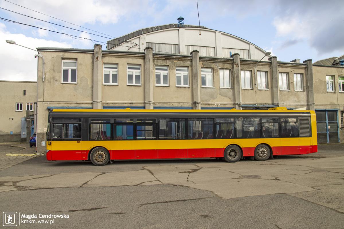 Solaris Urbino 15 nr 8731 - widok lewego boku