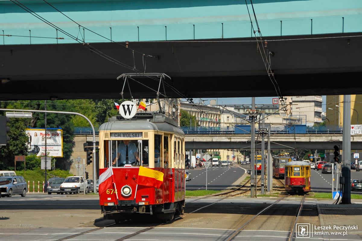 wagon N nr 674 na linii W